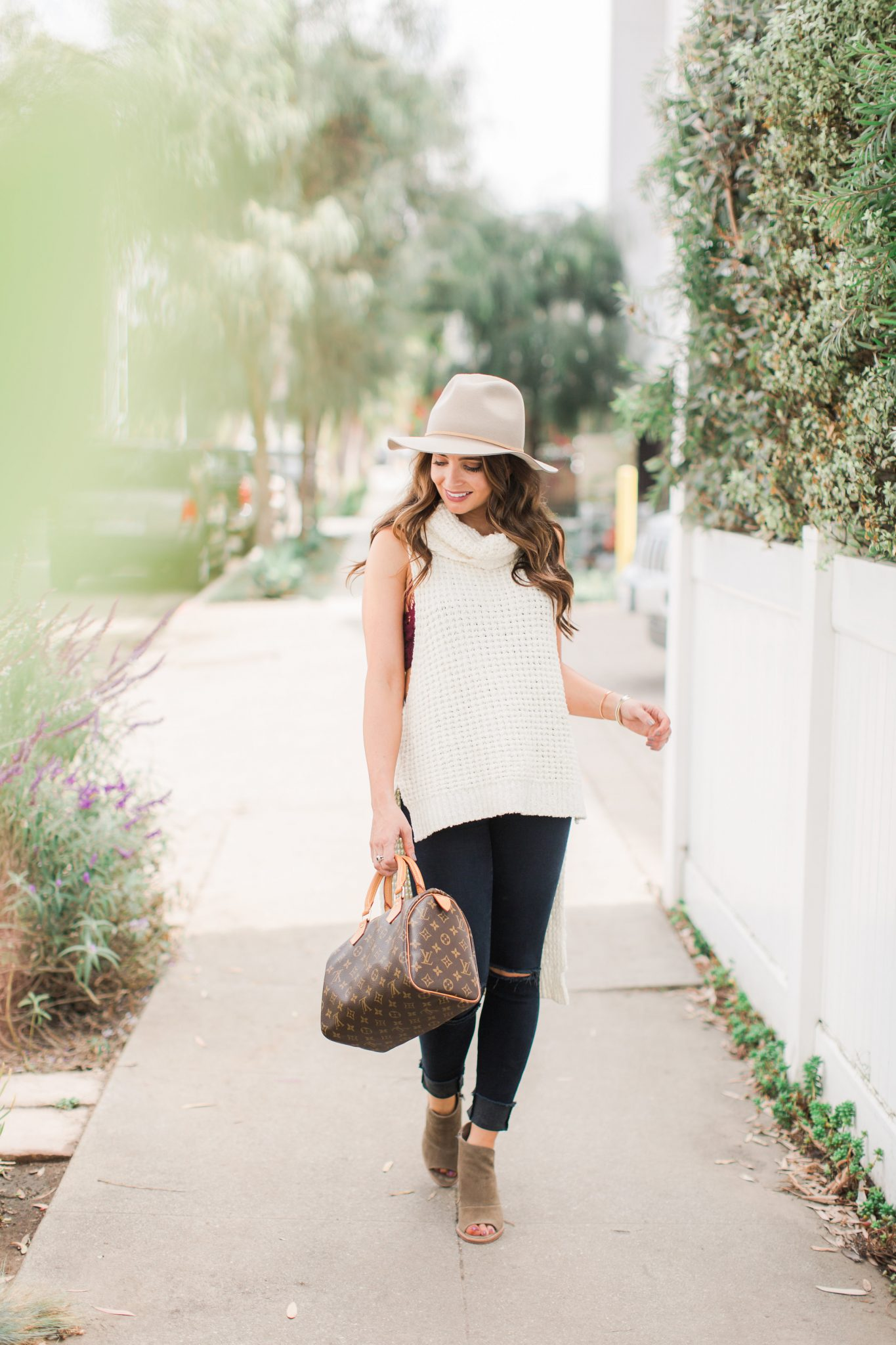 Fall Style - sleeveless turtleneck, distressed denim, tan hat | Maxie Elle - Fall Layering Top by popular Orange County fashion blogger Maxie Elle