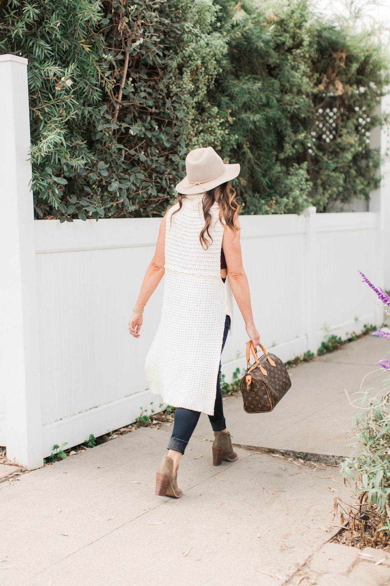 Fall Layering Top by popular Orange County fashion blogger Maxie Elle