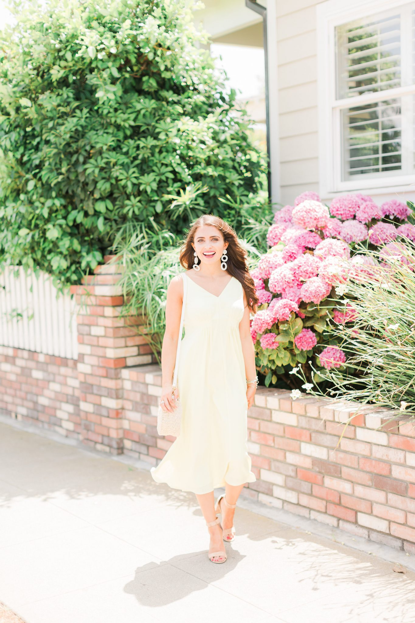 Summer Vacation Essentials with Ann Taylor featured by popular Orange County fashion blogger, Maxie Elle